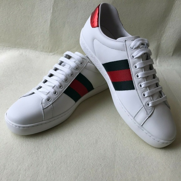 7a87d462e Gucci Shoes | Men Ace Bee Embroidered | Poshmark